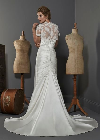 Honduras from Opulence Bridals size 12 Ivory